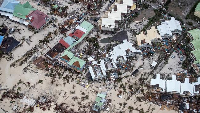 Biệt thự của Tổng thống Donald Trump có thể bị đánh sập bởi siêu bão Irma
