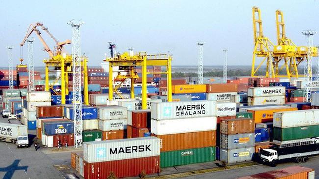 Xuất khẩu 11 tháng vượt xa cả năm 2016