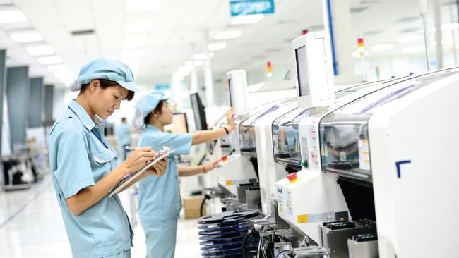 """Viettel tiết lộ mảng kinh doanh sẽ trở thành tương lai của """"Viettel mới"""", chỉ riêng lợi nhuận từ nghiên cứu sản xuất đã bằng tổng lợi nhuận VNPT năm 2017"""