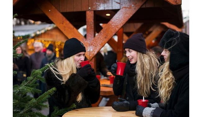 Lối sống 'Hygge' của người Bắc Âu khiến thế giới ngưỡng mộ: Làm ít hiệu quả nhiều, hưởng thụ tối đa, không quên 2 chữ 'gia đình'