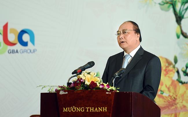 """Thủ tướng mong các nhà đầu tư vào Nghệ An đừng """"sớm nắng chiều mưa"""""""