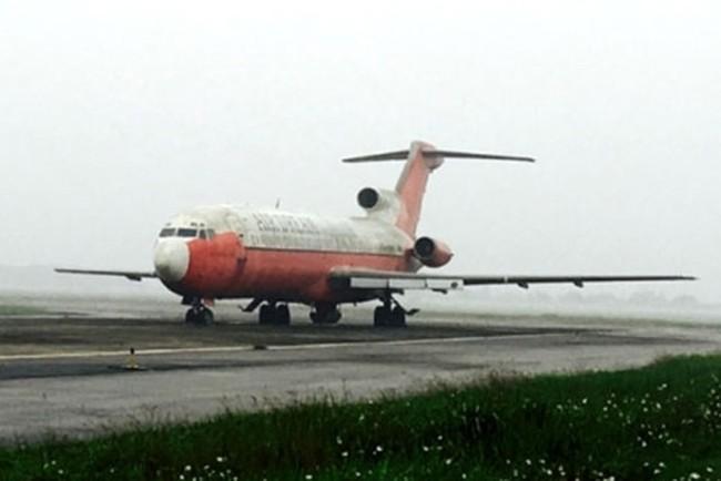 """Giá khởi điểm máy bay bị """"bỏ rơi"""" tại Nội Bài là bao nhiêu?"""