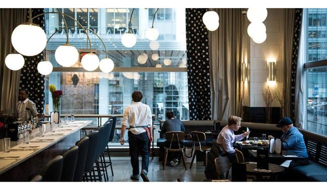 """""""Những bữa ăn trưa tại văn phòng"""" đang giết chết ngành kinh doanh nhà hàng Mỹ như thế nào?"""