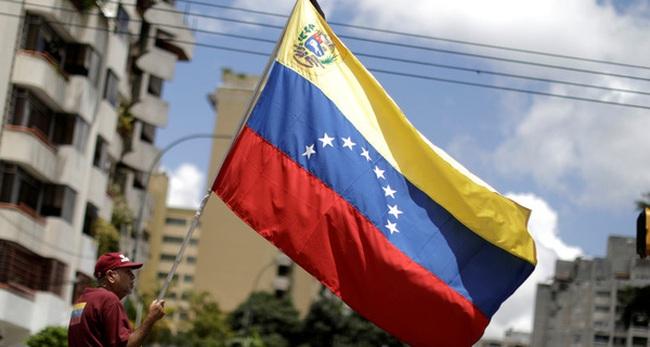 Vì sao nền kinh tế Venezuela đang ở trạng thái rơi tự do dù từng là quốc gia giàu có nhất Nam Mỹ?