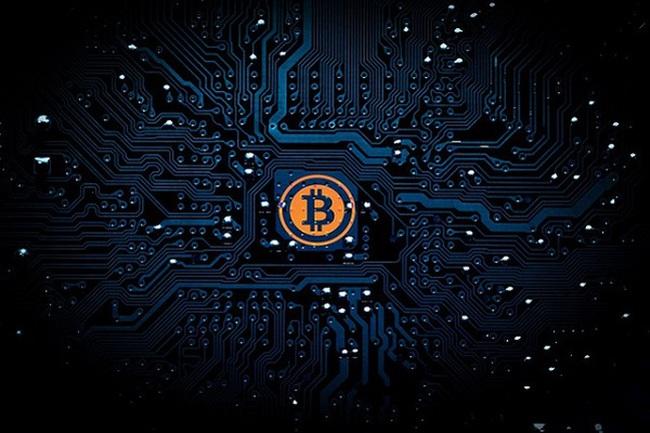 Tấn công đánh cắp dữ liệu là xưa rồi, các hacker vừa mới đột nhập vào máy chủ của Amazon để đào Bitcoin