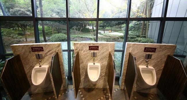 Thúc đẩy du lịch, Trung Quốc thực hiện cuộc 'cách mạng nhà vệ sinh' trị giá 3 tỷ đô