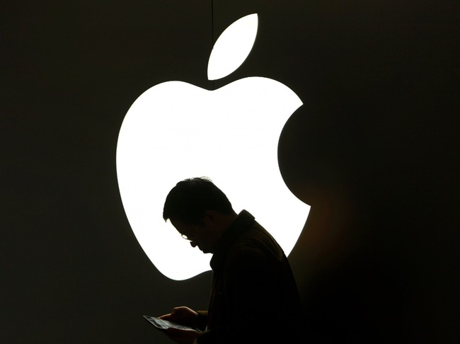 Vì những lý do này Trump sẽ không thể buộc Apple sản xuất iPhone ở Mỹ