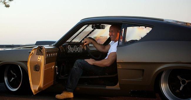 Fast & Furious 8: Tại sao nghèo ý tưởng vẫn hốt tỷ USD toàn thế giới?