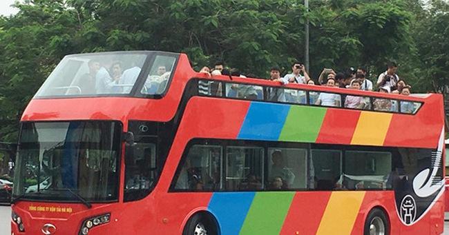 Thí điểm xe khách hai tầng tại Hà Nội: Vì sao tạm dừng?