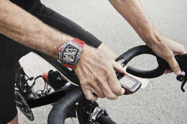 Có gì đặc biệt trong tuyệt tác đồng hồ - Sự kết hợp giữa ông chủ của Formula One huyền thoại và Richard Mille