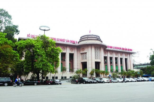 Bộ Chính trị đã giao Chính phủ lập ban tái cơ cấu hệ thống ngân hàng