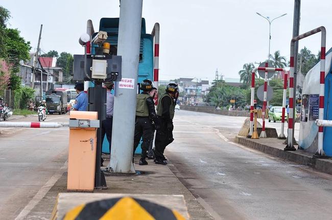 Cảnh sát cơ động, CSGT được huy động đến BOT Biên Hòa