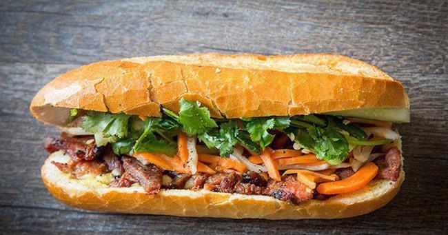 Báo chí nước ngoài ngợi khen bánh mì Việt Nam, xếp hạng trong top 10 món sandwich ngon nhất thế giới