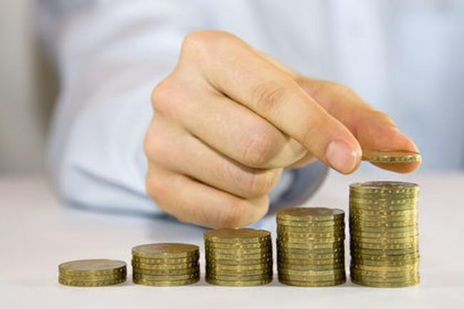 Lợi nhuận các ngân hàng có bị tác động sau quyết định hạ lãi suất?