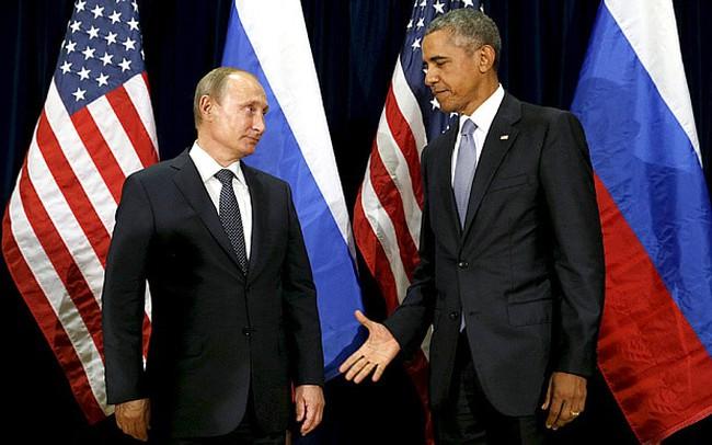 Putin phớt lờ Obama, chỉ chúc mừng năm mới Donald Trump
