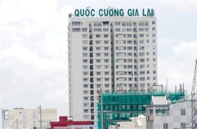 """Cổ phiếu QCG tăng trần 15 phiên liên tiếp, Quốc Cường Gia Lai tiếp tục """"ra tin"""" trả cổ tức bằng tiền"""