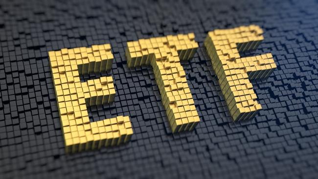 Trái với sự hưng phấn của nhiều quỹ ngoại, V.N.M ETF và FTSE Vietnam ETF liên tục bị rút vốn trong 9 tháng đầu năm 2017