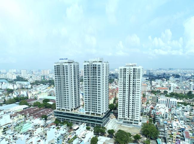 Long Giang Land mừng sinh nhật 16 năm bằng việc bàn giao căn hộ dự án Rivera Park Sài Gòn