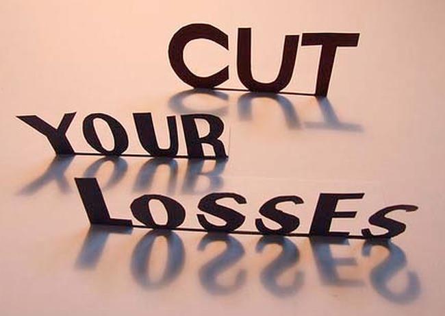 Khi đầu tư chứng khoán, nên cắt lỗ ở mức nào?