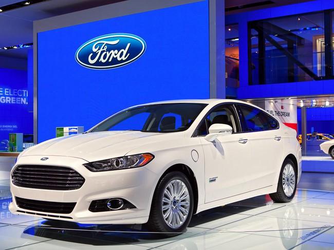Công nghệ tự động hóa đã thay đổi chiến lược kinh doanh của Ford như thế nào?