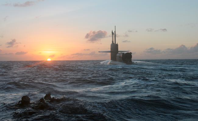 Tàu ngầm chở Biệt kích Hải quân Mỹ tới gần Triều Tiên