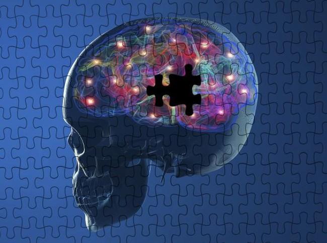 """Nếu còn tiếp tục những thói quen này, bạn đang tự """"giết chết"""" tế bào não của mình đấy!"""