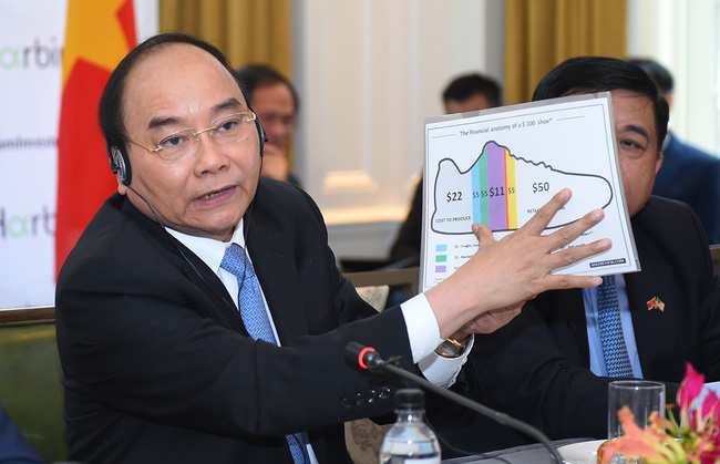 Thủ tướng Nguyễn Xuân Phúc: Thời điểm chín muồi để doanh nghiệp Mỹ tham gia vào lĩnh vực tài chính ngân hàng và cổ phần hóa DNNN tại Việt Nam