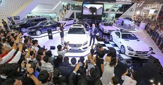 """Giảm thuế nhập khẩu từ ASEAN, ô tô vẫn hạ giá """"nhỏ giọt"""""""