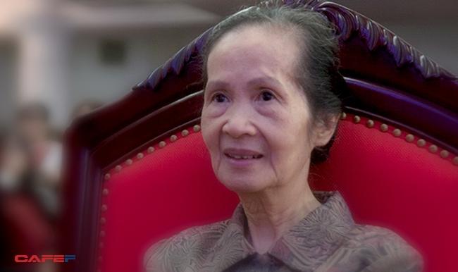 """Chuyên gia Phạm Chi Lan: """"Đừng mặc cảm là ban đầu mình nhỏ bé quá!"""""""