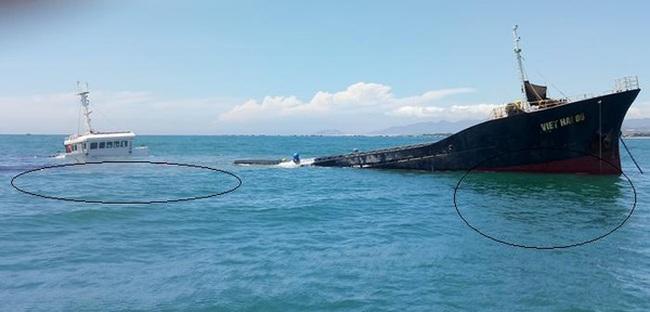 Lo tràn dầu từ tàu hàng chìm trên biển Ninh Chử