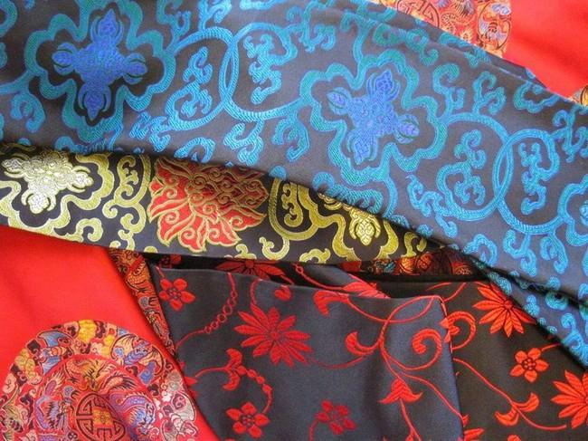 Việt Nam nhập gần 700.000 m2 vải tơ tằm Trung Quốc