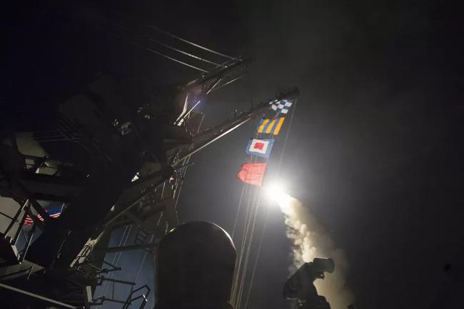 Lầu Năm Góc công bố video nã Tomahawk vào các mục tiêu của chính phủ Syria