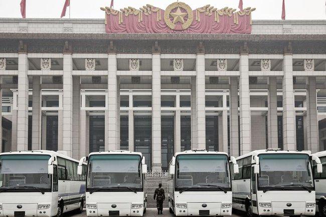 Đối thủ Trung Quốc của Warren Buffett trong lĩnh vực kinh doanh xe bus tuyên bố không cần Mỹ