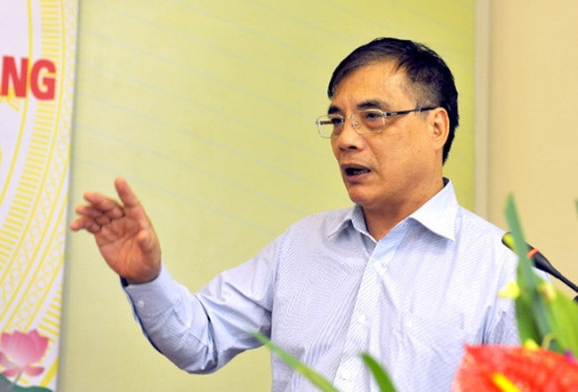 """TS. Trần Đình Thiên: """"Các tỉnh miền Trung có nhiều thế mạnh, mạnh nhất là mạnh ai nấy chạy"""""""