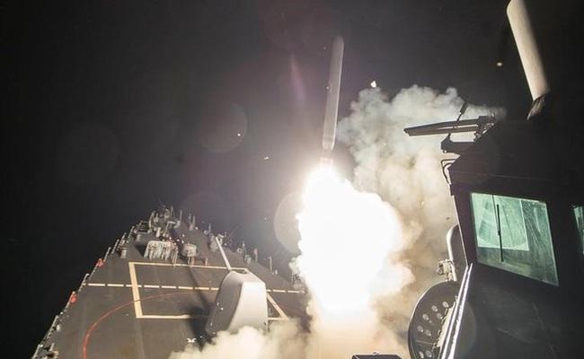 Ông Trump sẽ làm gì sau quyết định nã tên lửa vào Syria?