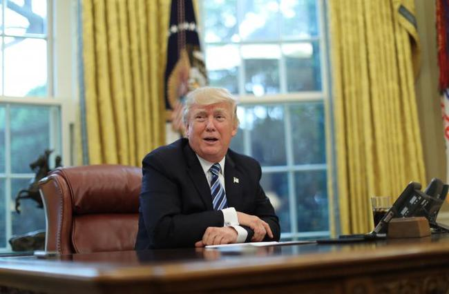 """Tổng thống Trump: """"Tôi tưởng làm tổng thống dễ dàng hơn"""""""