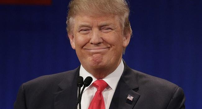 """IS phá vỡ sự im lặng, lên tiếng gọi Tổng thống Trump là """"kẻ ngốc"""""""