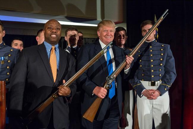 Tổng thống Trump vừa khơi mào một cuộc chiến mới