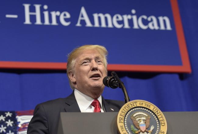 Muốn nước Mỹ vĩ đại trở lại nhưng có vẻ Tổng thống Trump đang quên mất điều này