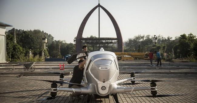 Người Trung Quốc đổ tiền ra làm chủ công nghệ cao bằng cách nào?