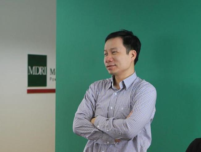 """Nguyễn Việt Cường - lọt top 5% """"kinh tế gia hàng đầu thế giới"""""""
