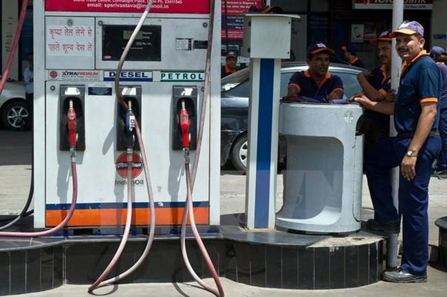 Mỹ không ngừng tăng sản lượng khiến giá dầu đi xuống