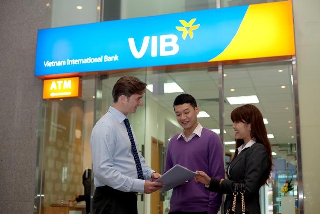 """VIB nhận giải thưởng """"Ngân hàng hàng đầu Việt Nam về Tài trợ thương mại cho Doanh nghiệp SMEs"""""""