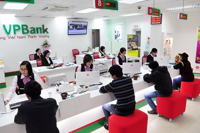 Vợ Tổng giám đốc VPBank bất ngờ dự chi hơn 400 tỷ để gom cổ phiếu