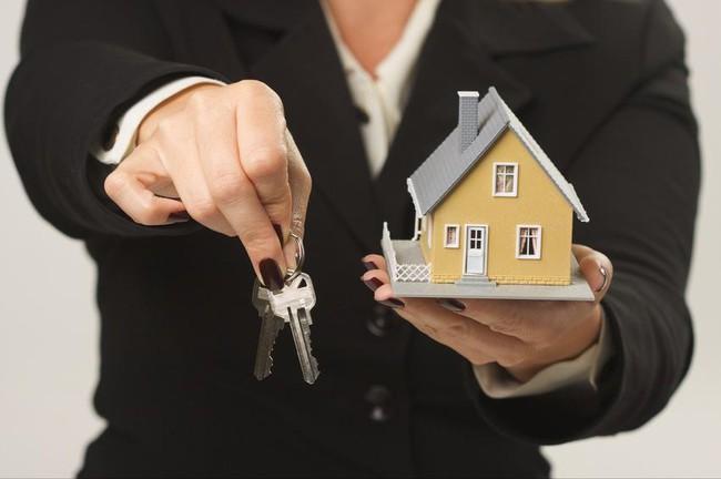 Những cổ phiếu bất động sản nổi sóng với kế hoạch chuyển nhượng dự án
