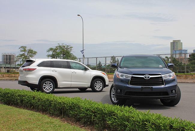 Ô tô hạng sang nhập về Việt Nam sụt giảm vì thuế
