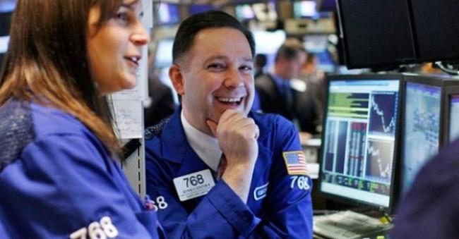Thị trường giảm sâu, khối ngoại tranh thủ mua ròng gần 250 tỷ đồng trên toàn thị trường
