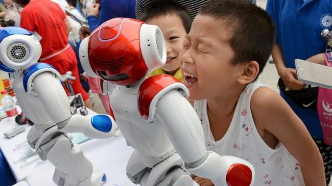 """""""Trung Quốc giờ không còn là công xưởng của thế giới"""""""
