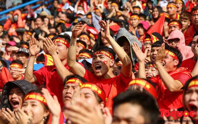 Mobifone, Vinaphone đồng loạt miễn cước data roaming trận chung kết cổ vũ đội tuyển U23 Việt Nam