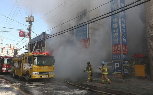 Cháy bệnh viện tồi tệ nhất thập kỷ Hàn Quốc, 31 người bị thiêu chết